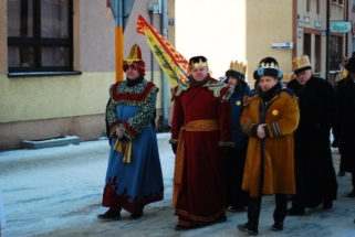 Trzej Królowie przybyli w mroźny, ale pogodny dzień. ARCH