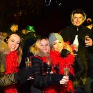 K - z fotami - PATRONAT - Huczne powitanie nowego roku 2 A